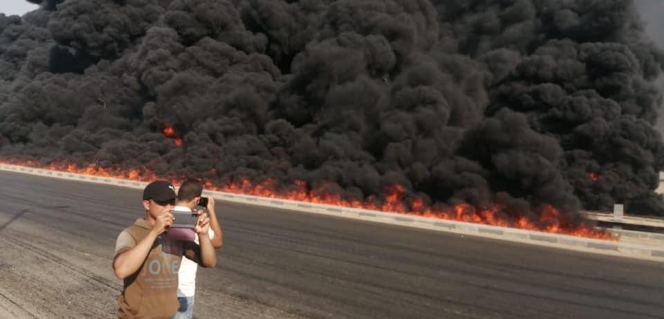 بالصور  تفاصيل حريق ضخم بطريق مصر الإسماعيلية الصحراوي 4