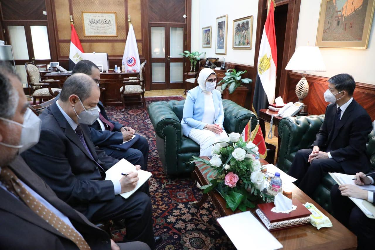 الاتفاق مع الصين أن تصبح مصر مركزا لتصنيع لقاح كورونا المستجد في أفريقيا 2