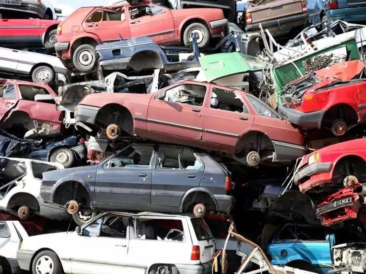 """""""بالفيديو والصور"""" عربيتك هتكون خردة لو مر عليها 20 سنة و12 نوع من السيارات ستتحول لخردة وتختفي حال تنفيذ القرار 1"""