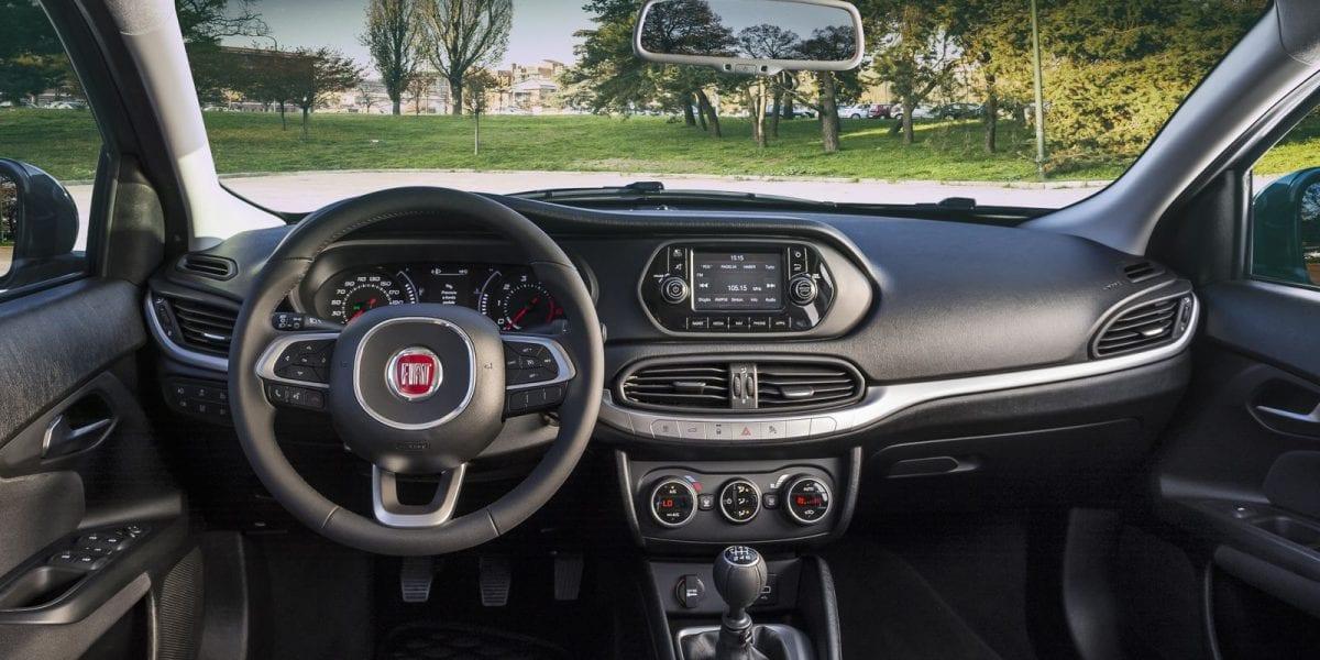 سيارات فيات تيبو الإيطالية التي تتميز بالأناقة والجاذبية 4