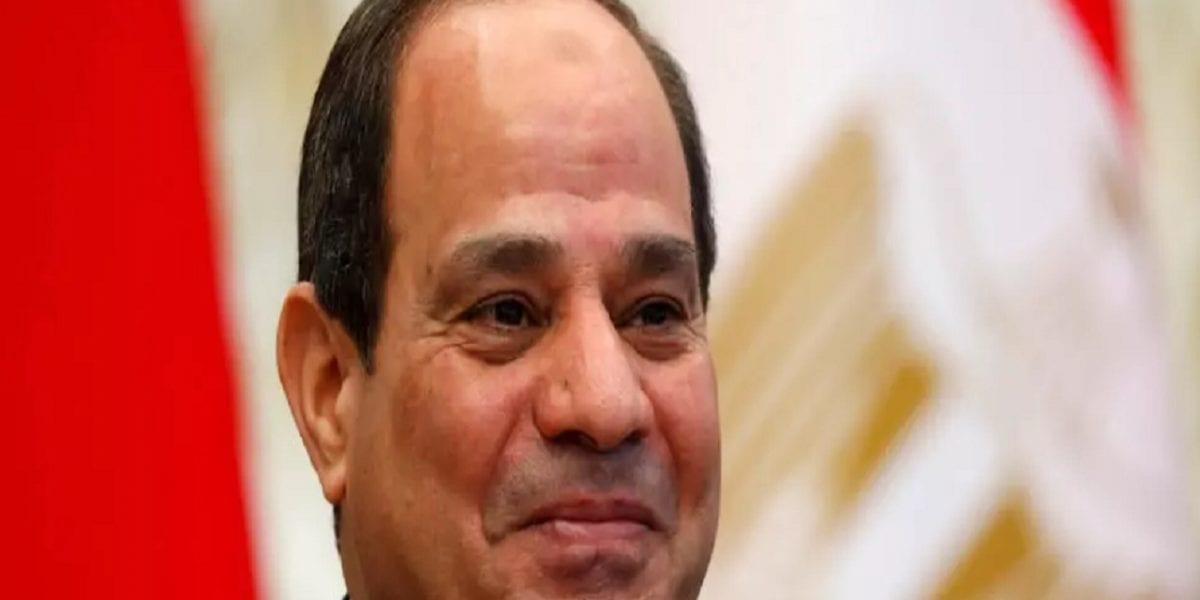 بشائر.. السيسي يُعلن تخفيض الضرائب ورفع الحوافز لهؤلاء الموظفين