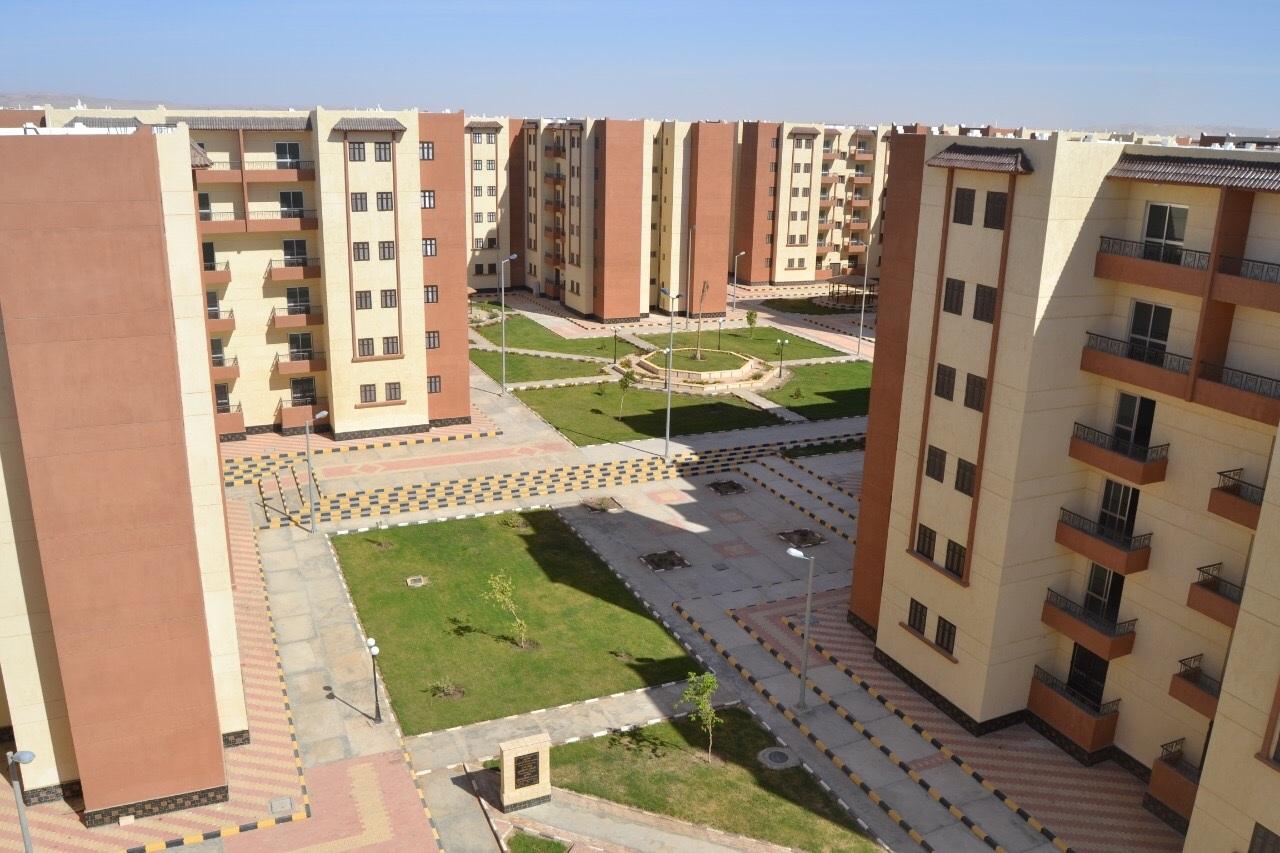 وفقاً لمبادرة الرئيس.. الإسكان الاجتماعي تطرح 125 ألف شقة سكنية لمحدودي ومتوسطي الدخل