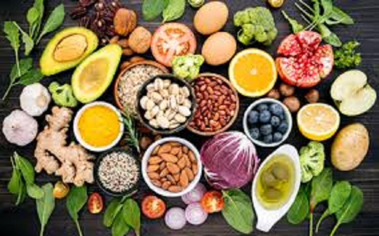 علاجك في غذائك.. 9 أطعمة تُعالج الهبوط والدوخة وتقاوم الاكتئاب