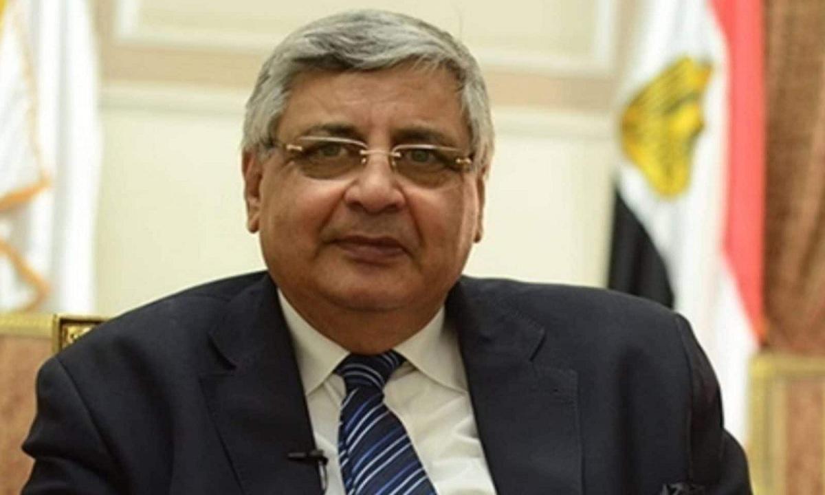 مستشار الرئيس للصحة: سلالة جديدة من كورونا تنتشر في مصر ويكشف خصائصها وخطورتها