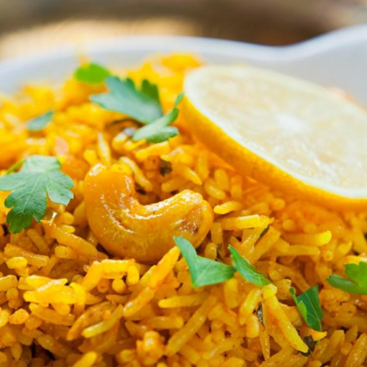 طريقة عمل الدجاج المسحب والأرز البسمتى بالكارى 5