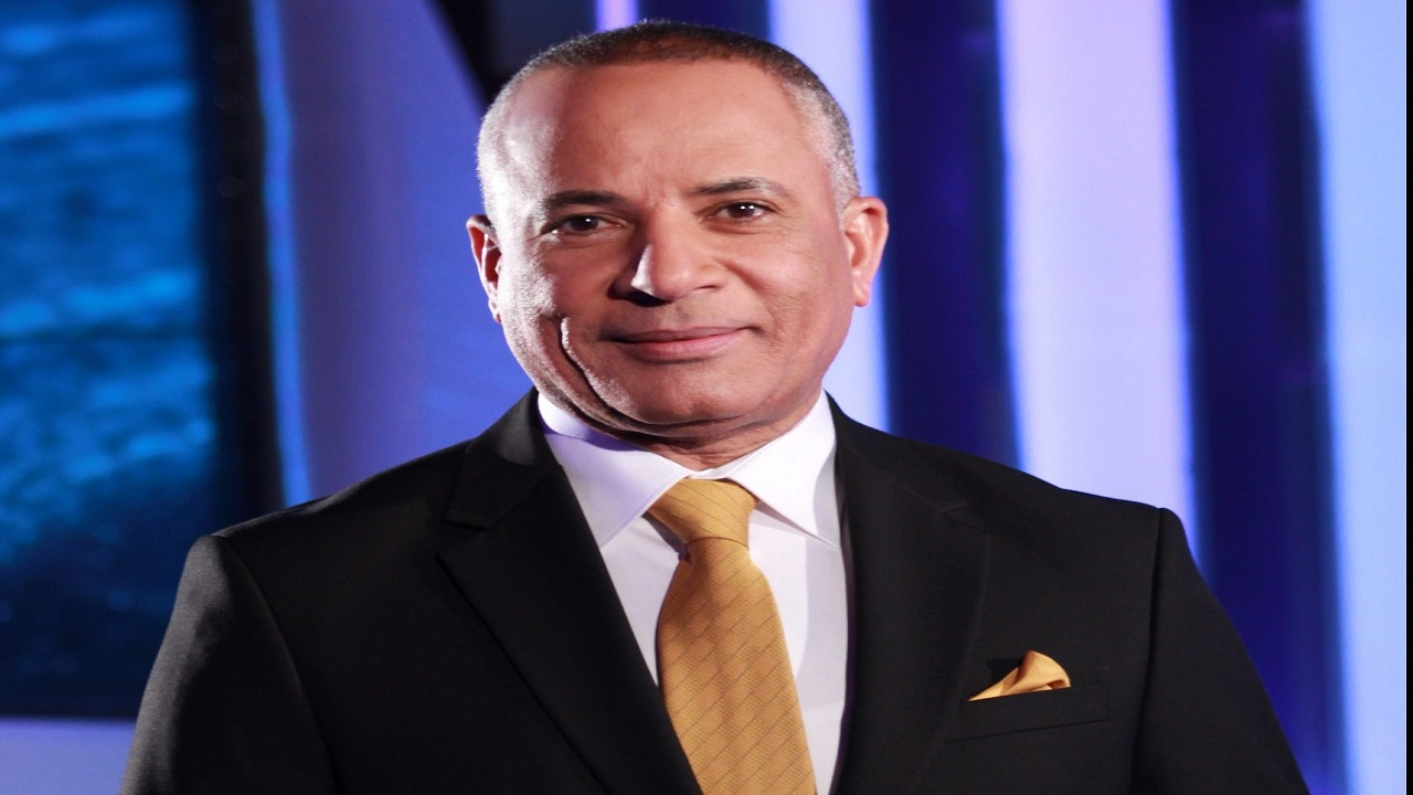أحمد موسى ينفعل على الهواء بسبب قرار الاتحاد الأفريقي ضد منتخب مصر.. فيديو