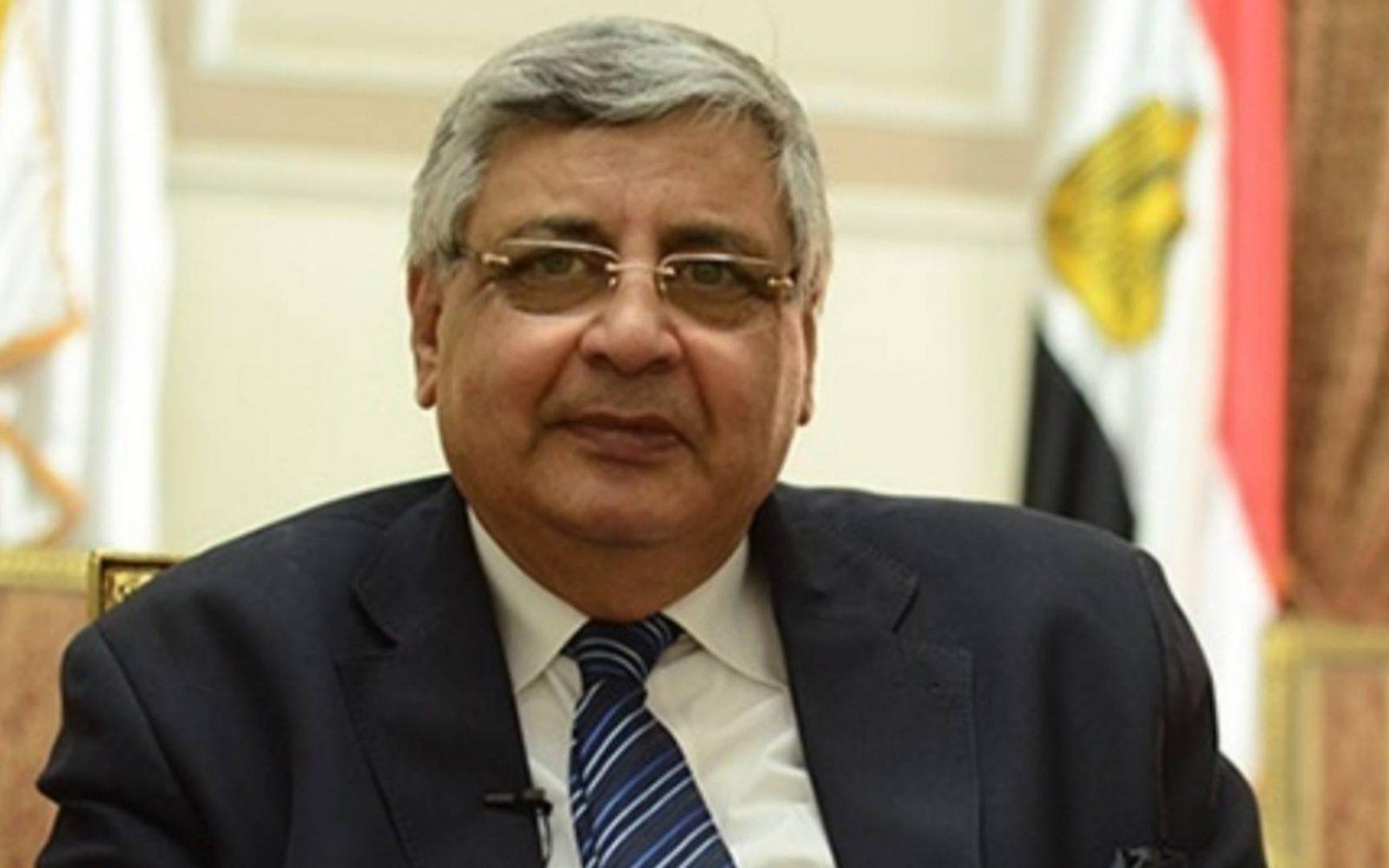 مستشار الرئيس للصحة.. الموجة الثالثة لكورونا ظهرت في بعض الدول ويكشف آخر تطورات لقاح كورونا المصري 2