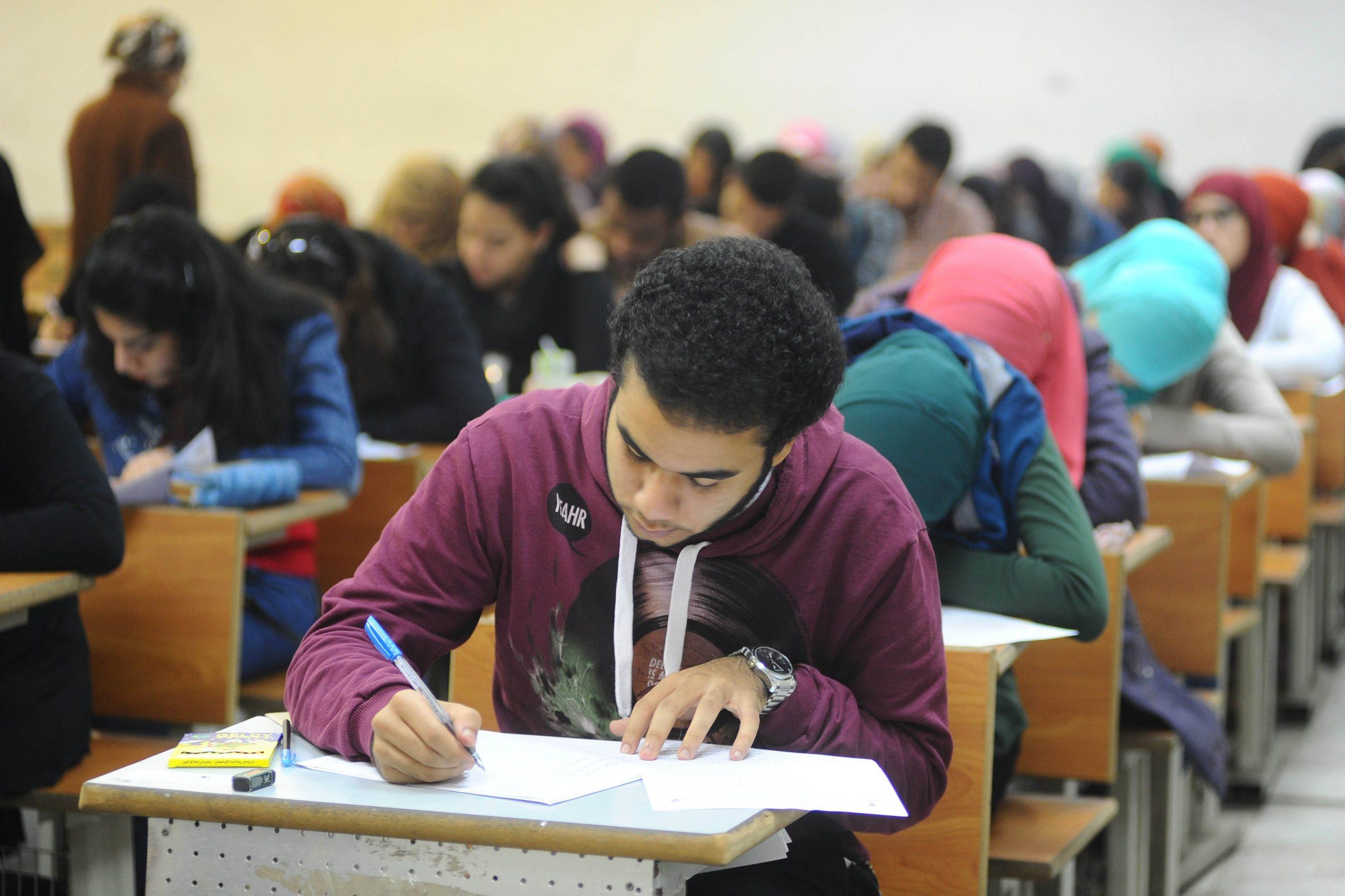 متحدث التعليم العالي.. تأجيل الإمتحانات لنهاية العام ودمج الفصلين الدراسيين وارد 2