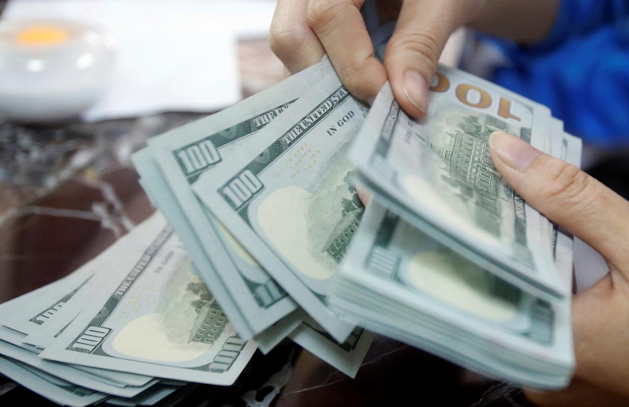 تحركات جديدة في سعر الدولار الآن بالبنوك تماشياً مع مؤشرات البنك المركزي لأسعار الدولار الأمريكي 15