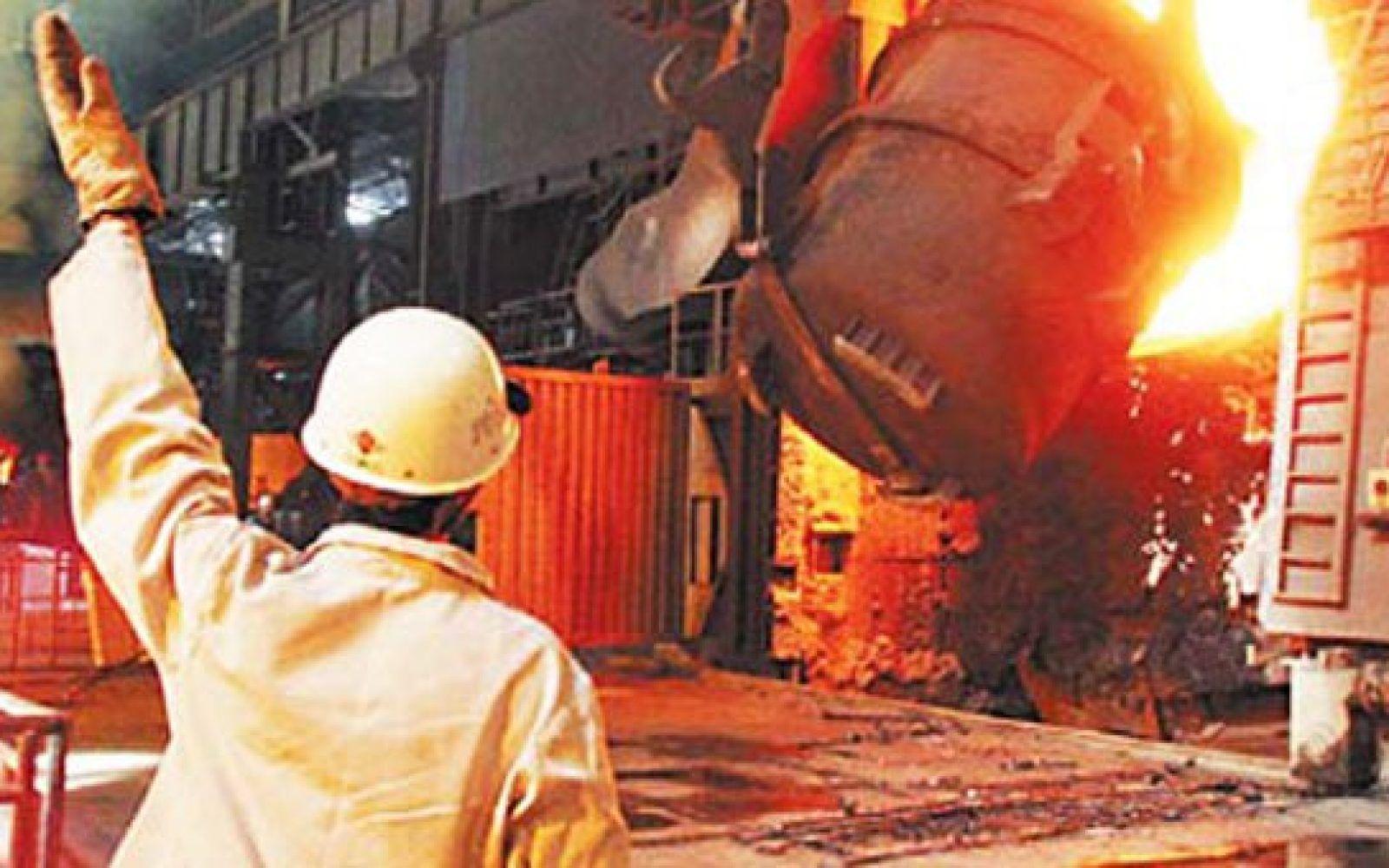 بعد قرار تصفية شركة الحديد والصلب.. بيان رسمي بقيمة التعويضات للعاملين بالشركة 3