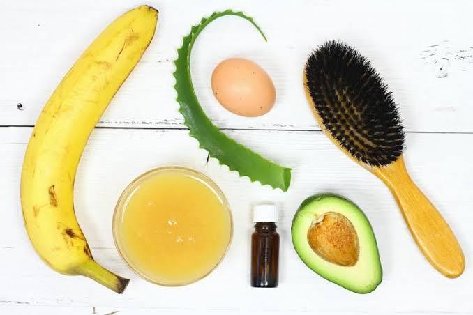 ترطيب الشعر بماسك الموز مع الأفوكادو