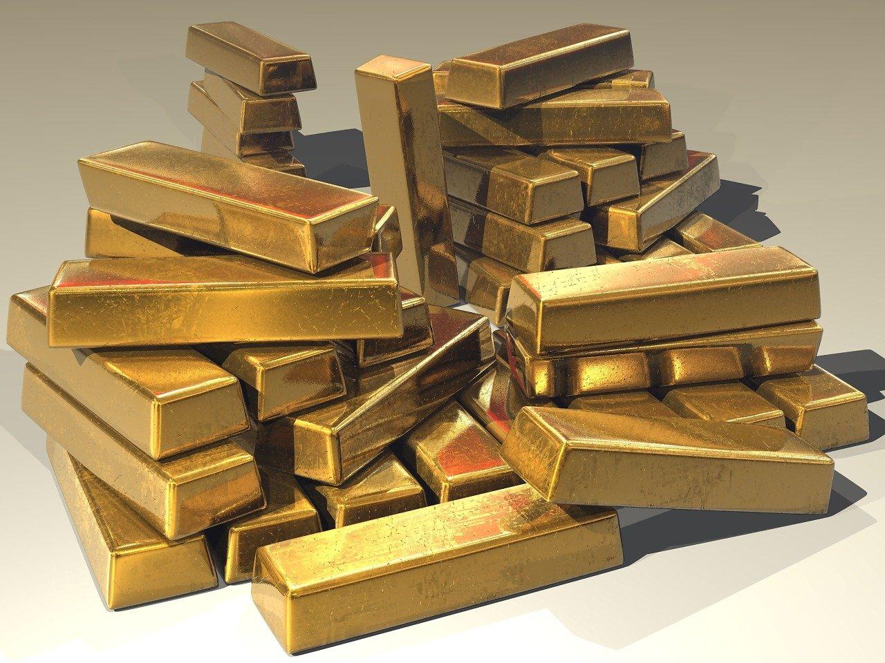 انهيار في أسعار الذهب.. سجل أدنى مستوى منذ 8 أشهر وأسباب هذا التراجع