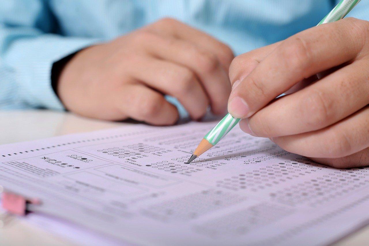 مد اجازة نصف العام ومفاجأة وزيرة الصحة وموعد أول امتحان
