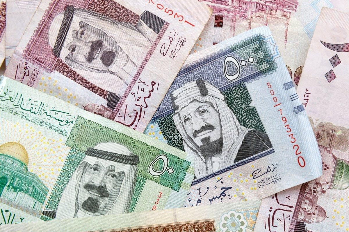 The price of the Kuwaiti dinar today, Sunday, February 28, against the dollar and the Egyptian pound 3