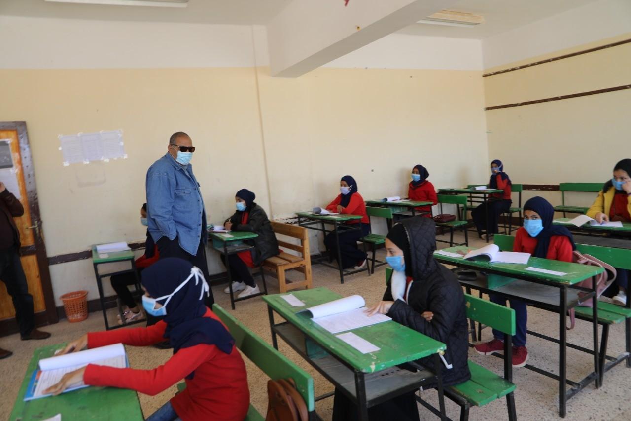 التعليم تعلن تعديل مواعيد امتحانات أبريل لصفوف النقل