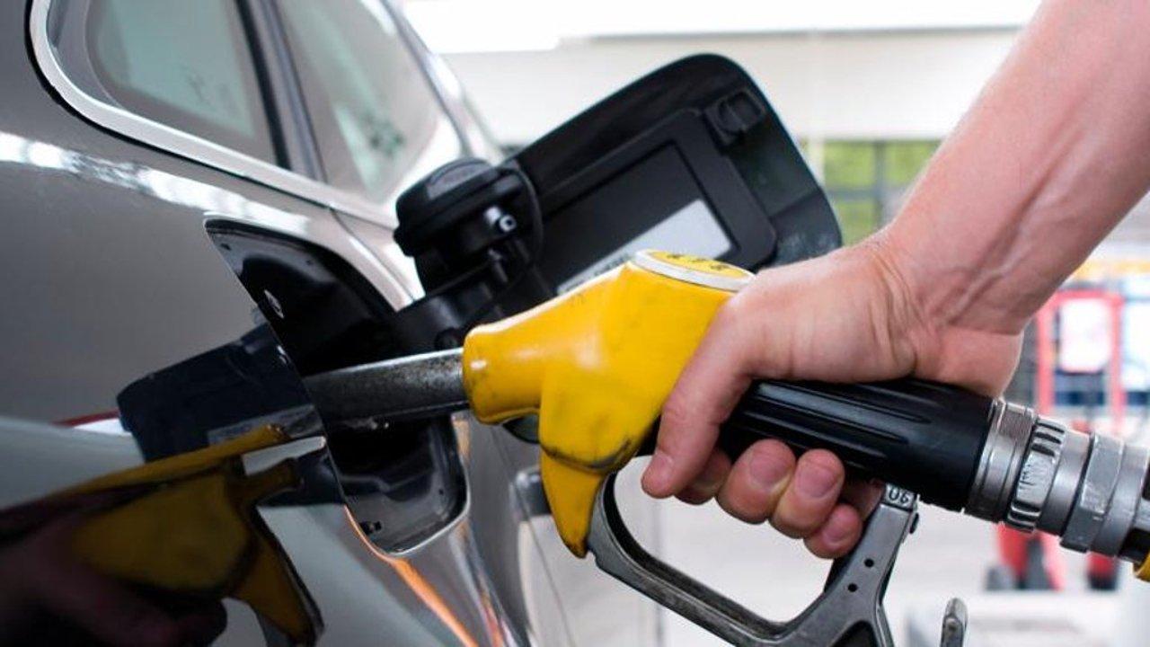 ترقب لإعلان أسعار البنزين الجديدة في مصر أبريل 2021 وتوقعات الأسعار الجديدة بعد ارتفاع أسعار النفط عالمياً 2