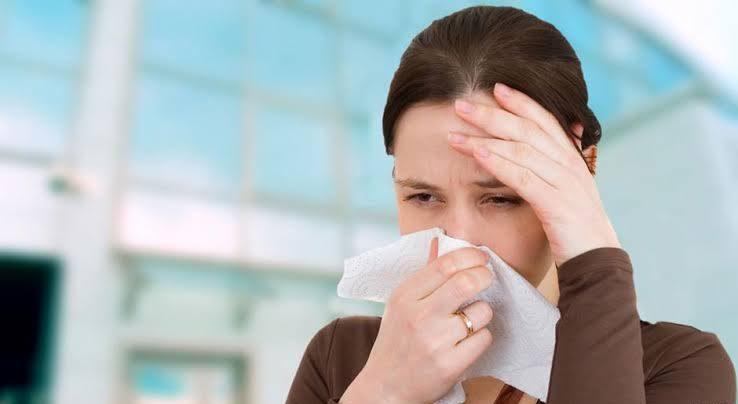 أعراض فيروس كورونا.. وكيف تفرق بين البرد وفيروس كورونا؟ 2