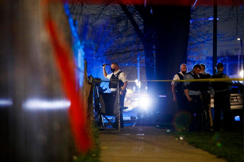 أحدث إطلاق نار في شيكاغو جرح صبي يبلغ من العمر عامين و 7 بالغين 1