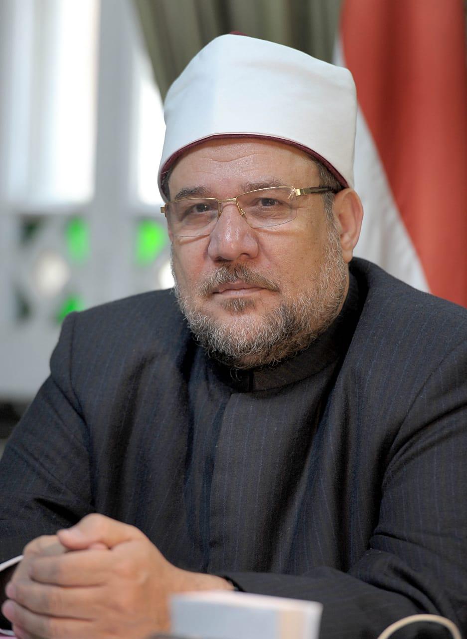 قرار عاجل لوزير الأوقاف حول واقعة إلقاء مصاحف مسجد في القمامة بكفر الزيات 2