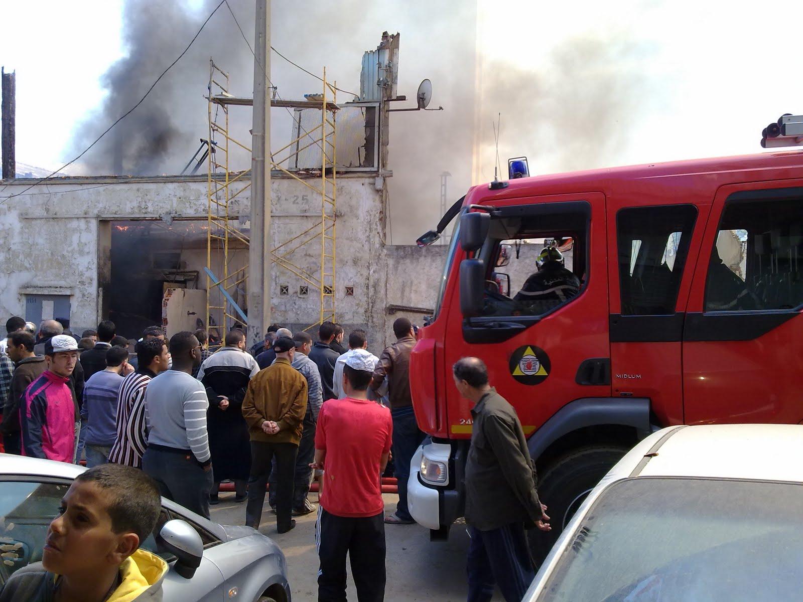 حريق مصنع موبيليا بدمياط والخسائر تصل إلي ١٢ مليون جنيه