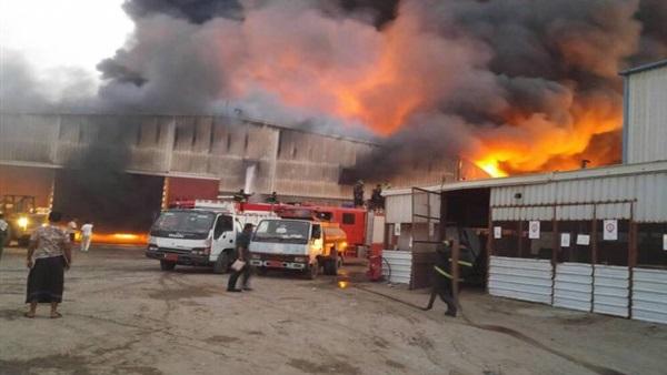 اصابات وخسائر حريق مصنع الموبيليا