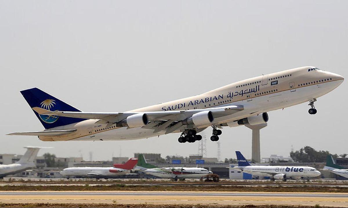 متي يبدأ الطيران السعودي رحلاته إلى مصر؟