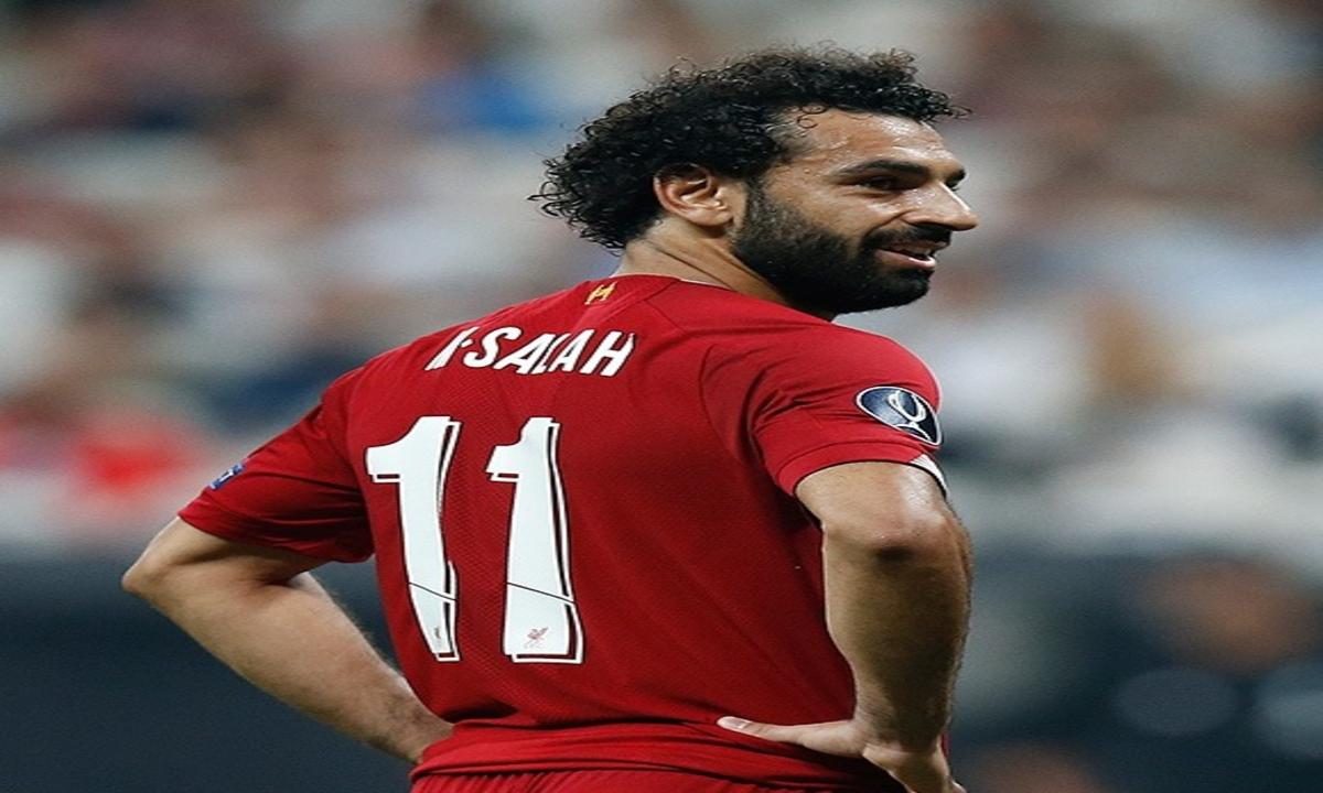 """ليفربول يهدي نجمه محمد صلاح جائزة جديدة ويلقبه بـ """"الملك المصري"""""""