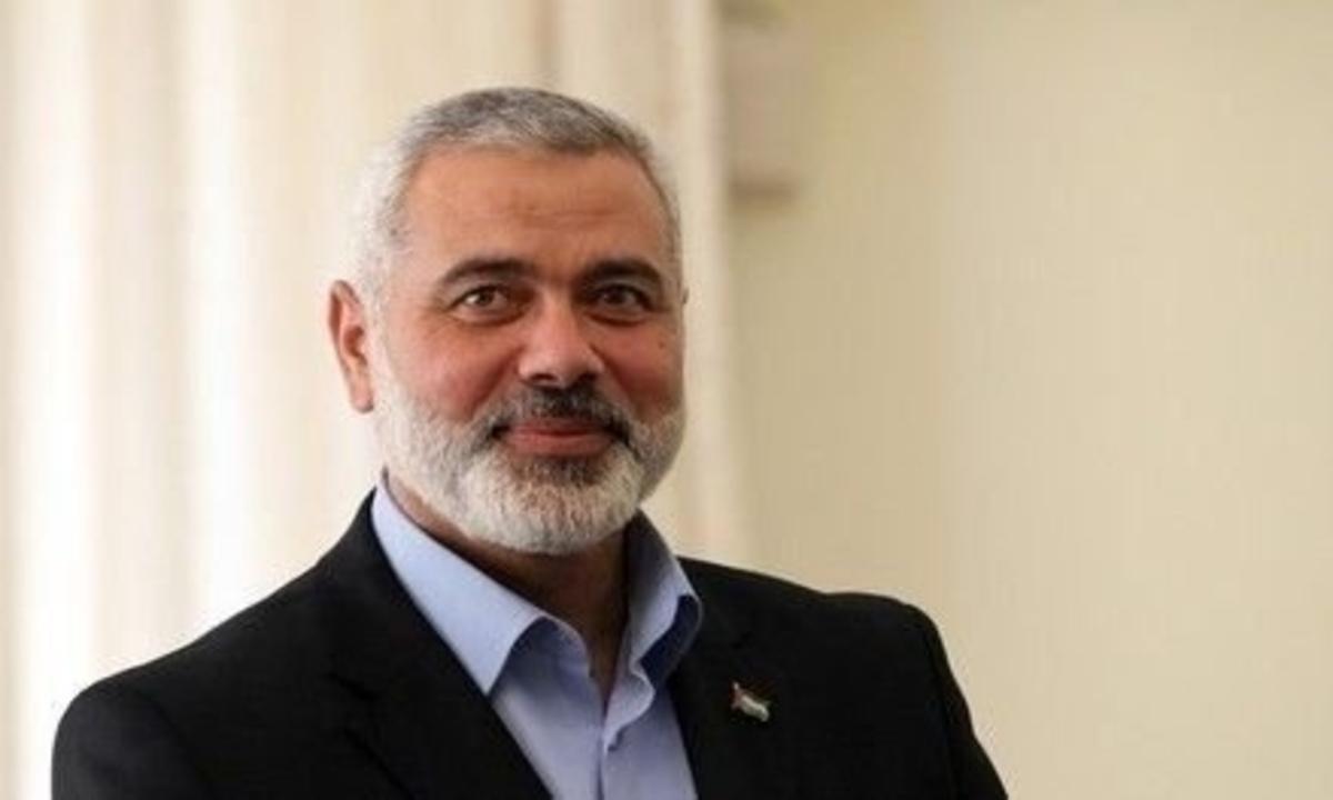 إسماعيل هنية رئيس المكتب السياسي لحركة حماس في قطر وغزة تحت النار