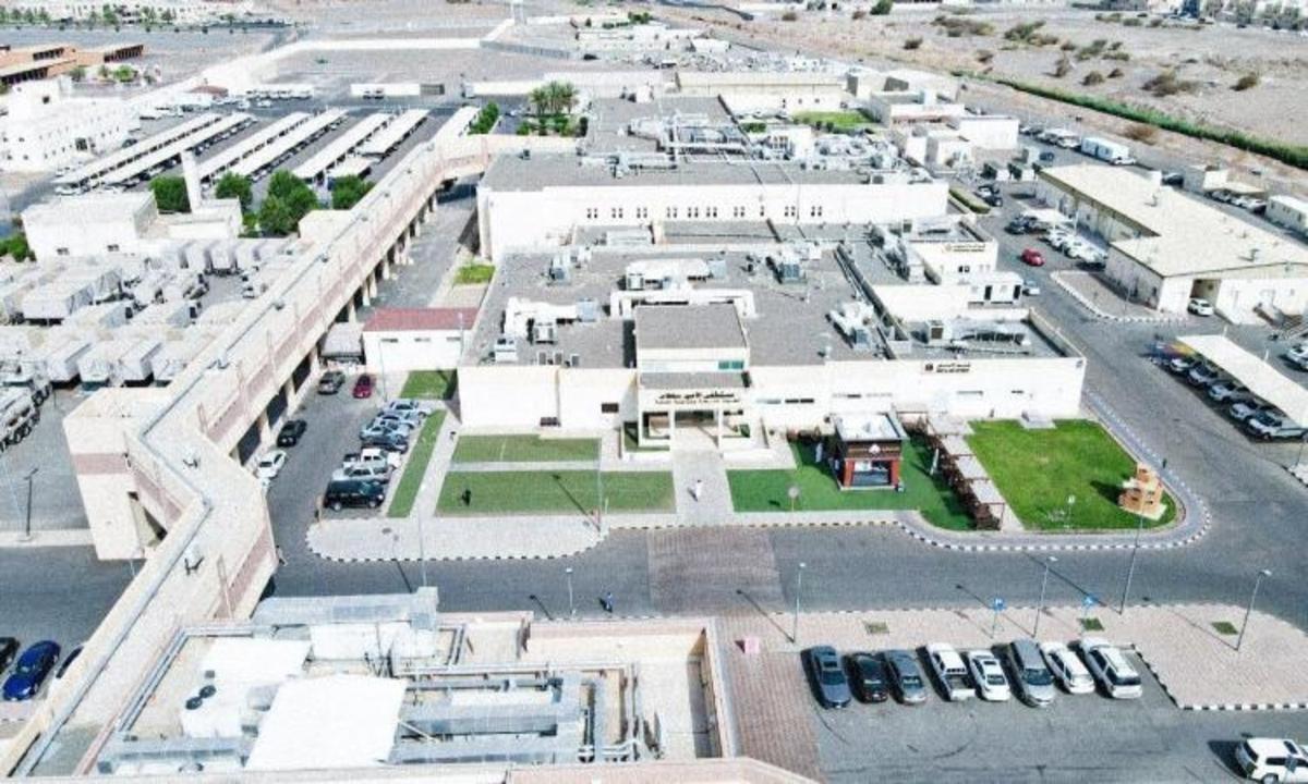 محمد بن سلمان يدشن 8 مشروعات سكنية وطبية للعاملين بوزارة الدفاع