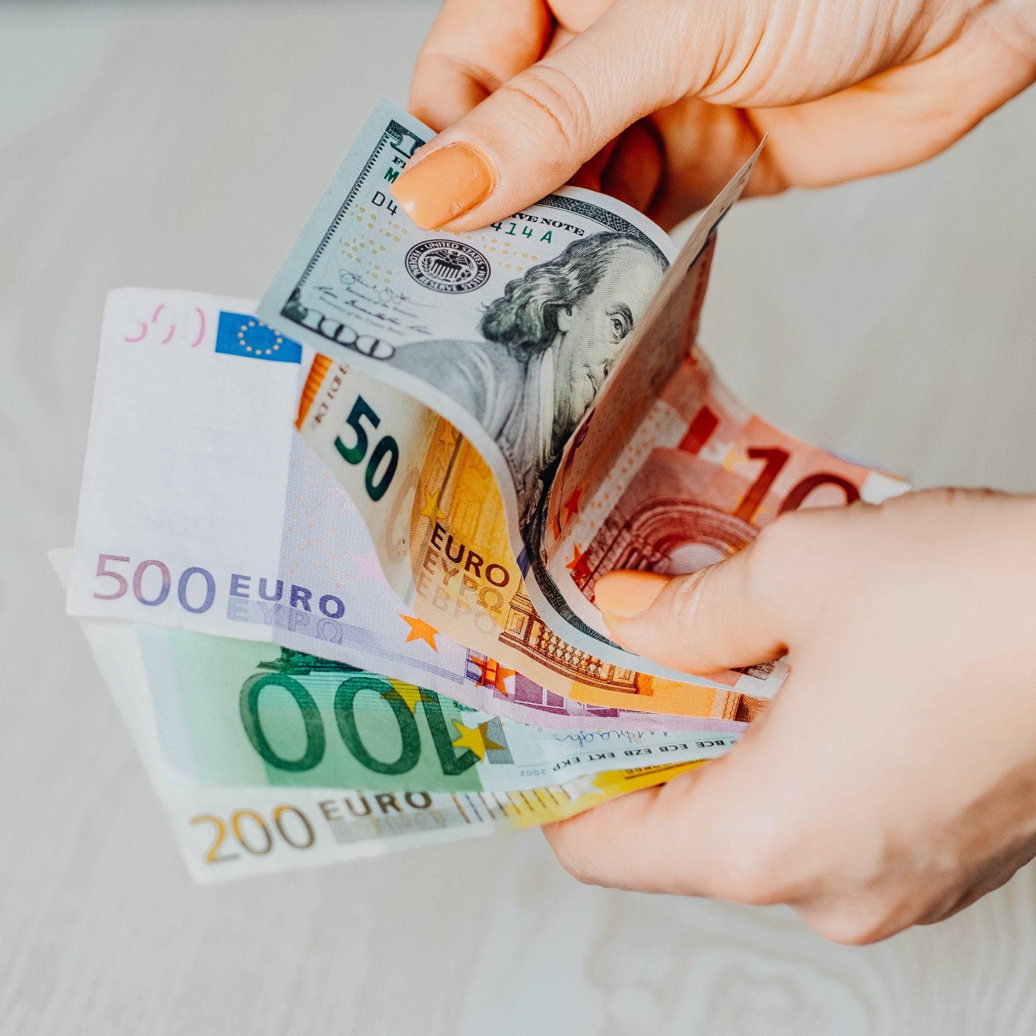 سعر اليورو اليوم الإثنين 5 يوليو 2021 وأسعار العملات العربية والأجنبية 1