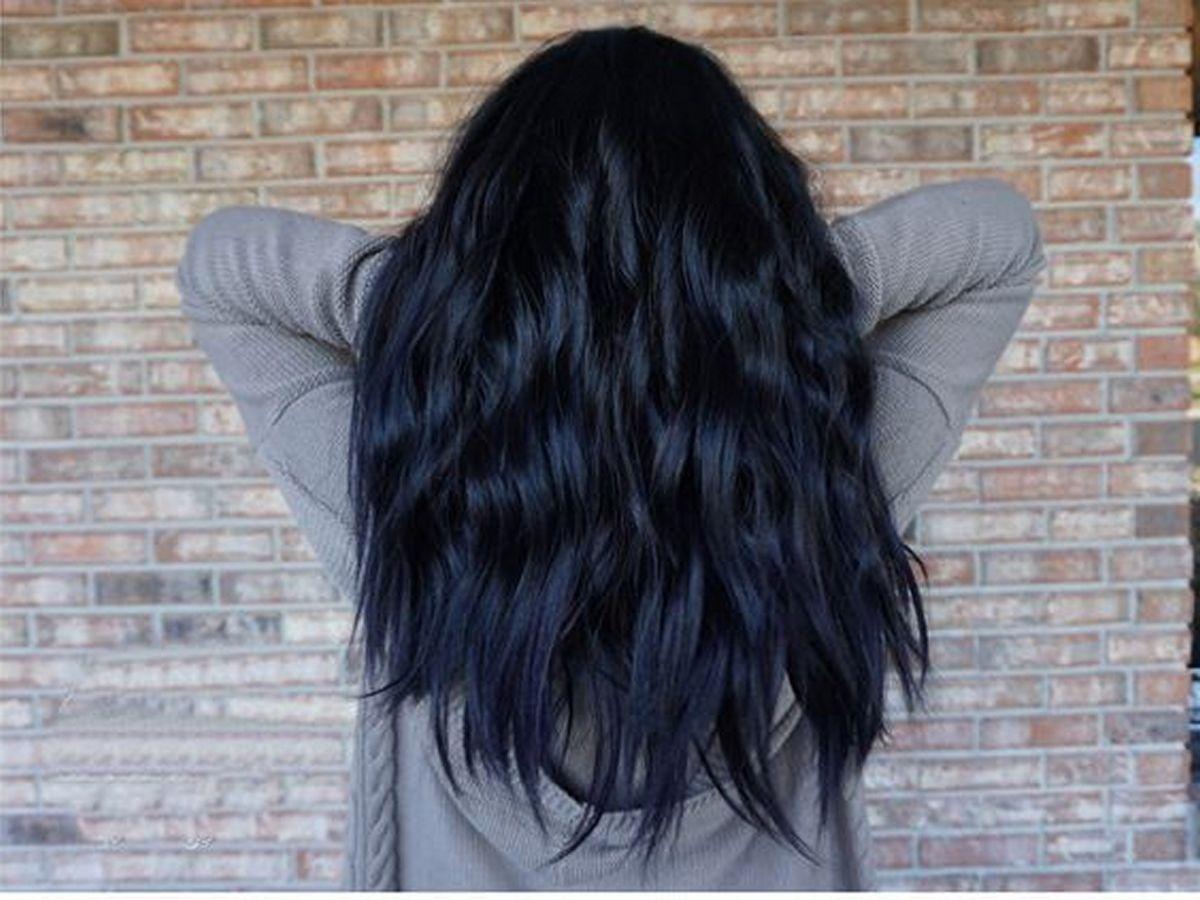 طريقة صبغ الشعر بالمنزل خطوة بخطوة في البيت كالمحترفين وبنتائج مضمونة جربي الآن