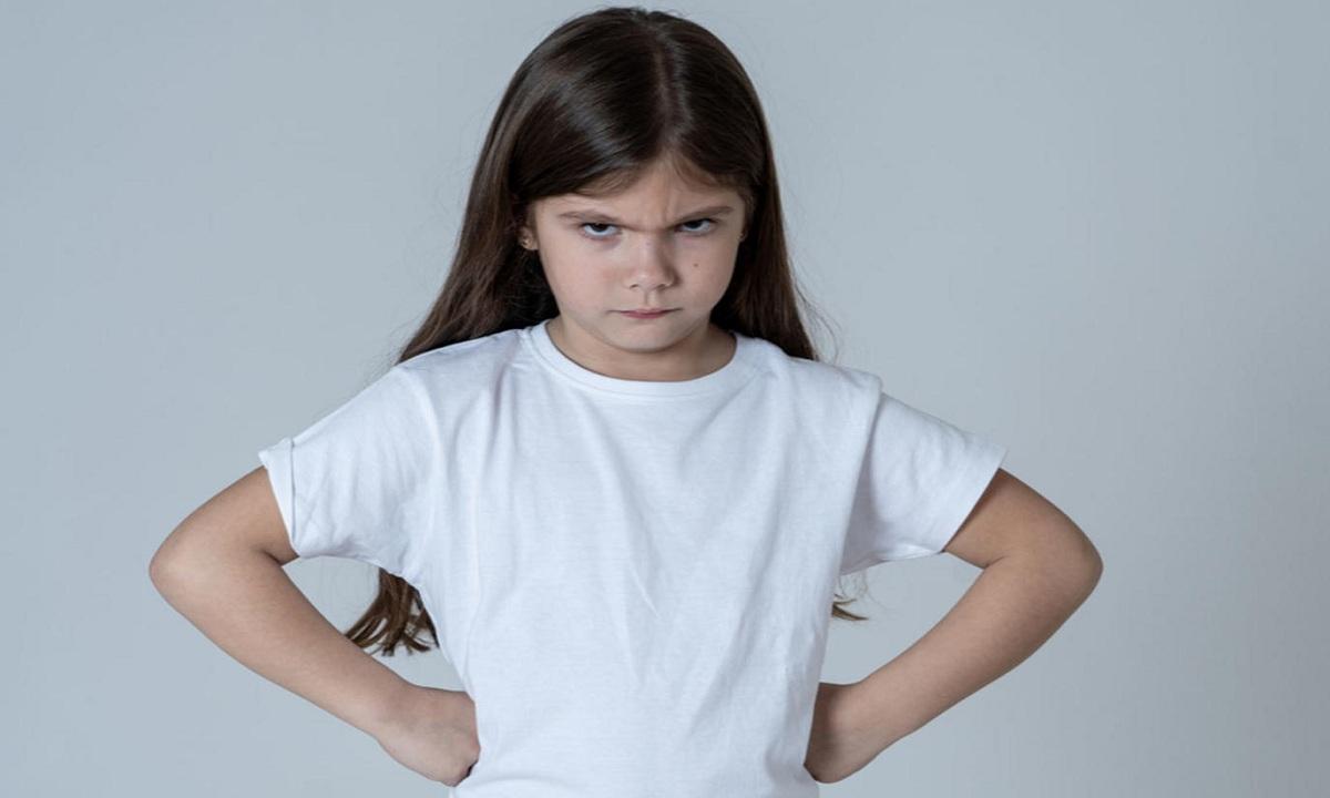 كيفية التعامل مع الطفل العدواني والتعديل في سلوكه