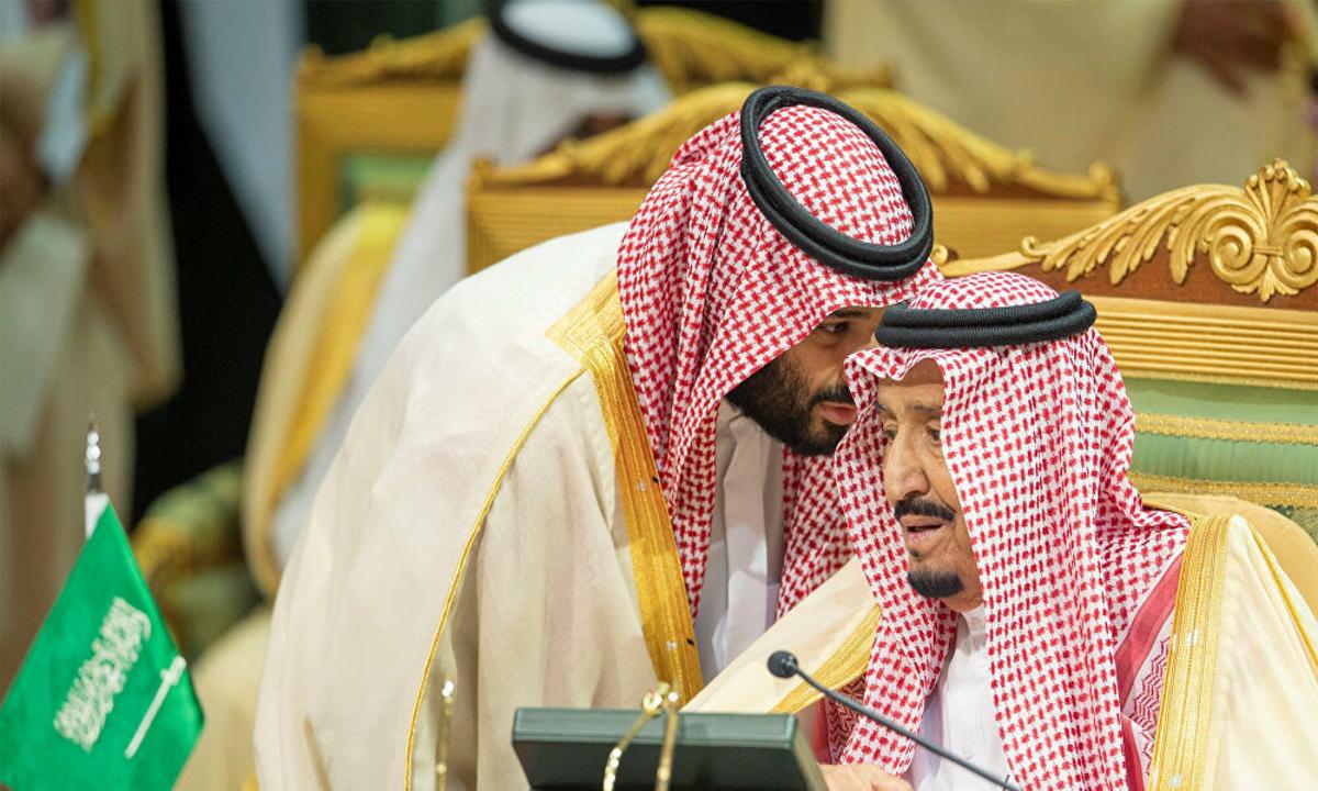 السعودية: تطبيق عقوبات على كل من يشغل المتسللين إلى أراضيها
