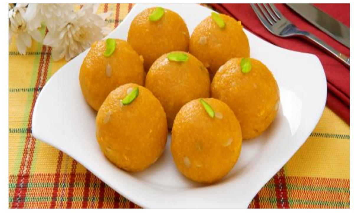طريقة إعداد حلوى اللدو الهندية الرائعة في أقل وقت وبإضافة 9 مكونات من المطبخ