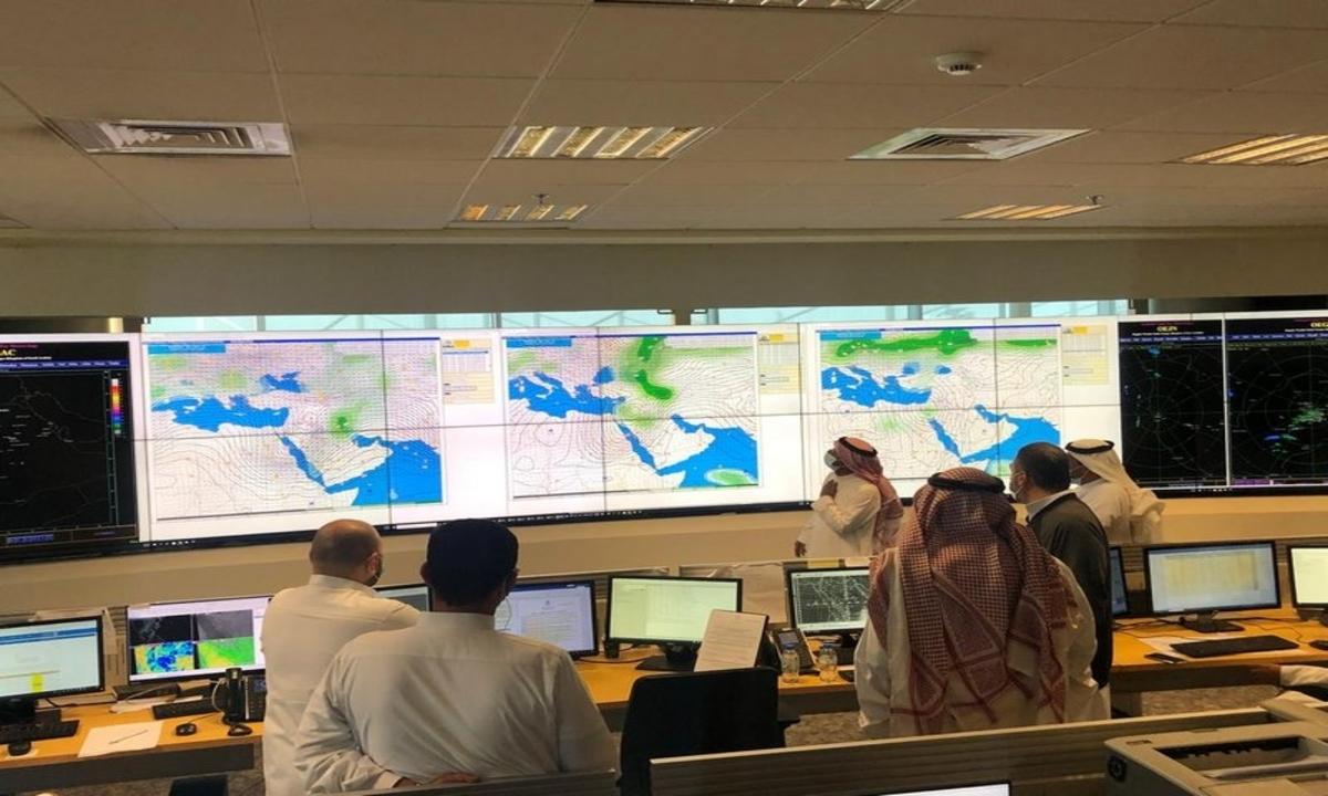 المركز الوطني للأرصاد السعودي يحذر من الحالة المدارية لإعصار شاهين على بعض مناطق المملكة