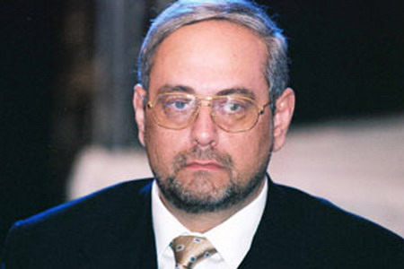 المحكمة تأمر بمصادرة ممتلكات رجل الاعمال احمد بهجت صاحب قنوات دريم
